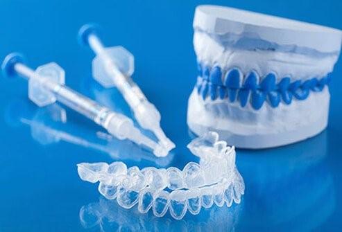 بلیچینگ یا سفید کردن دندان