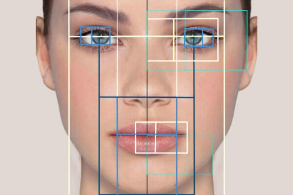 12 - آیا عدم تقارن صورت در ناحیه خط فک نگران کننده است؟